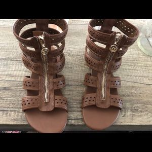 Michael Kors brown faux leather sandals NEW
